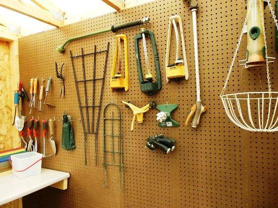 Pegboard organizes tools