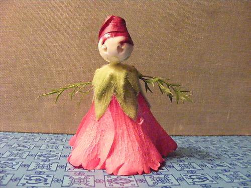 Hollyhock doll from bud and bloom, image from make-homemade.com via Pinterest