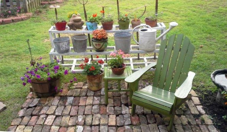 Outdoor patio living, Flea Market style | Flea Market ...