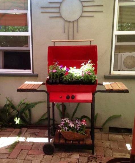 Margo Huff's BBQ planter, after