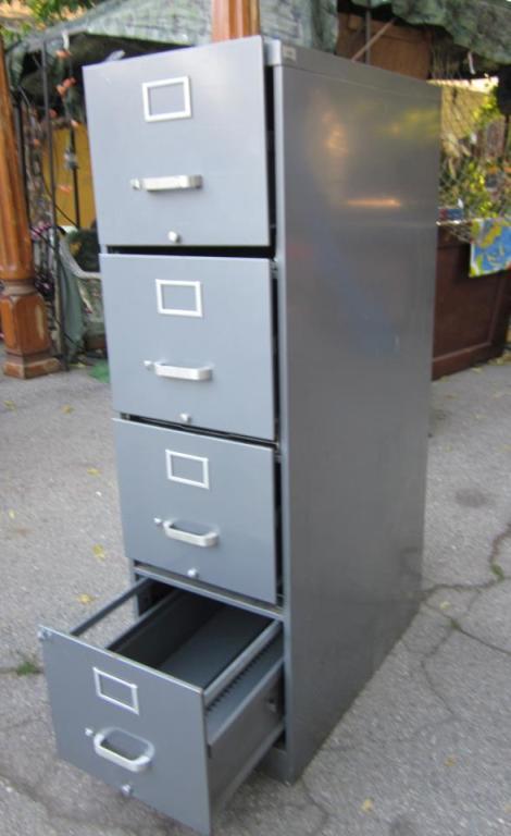 Tamra Dalton found an old file cabinet