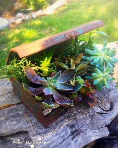 """LaNita Clark """"Old metal tool box...simple!"""""""